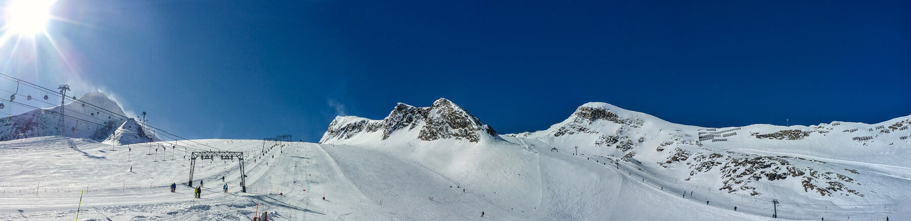 Ski resort in the Austrian Alps with a beautiful blue sky and plenty of snow