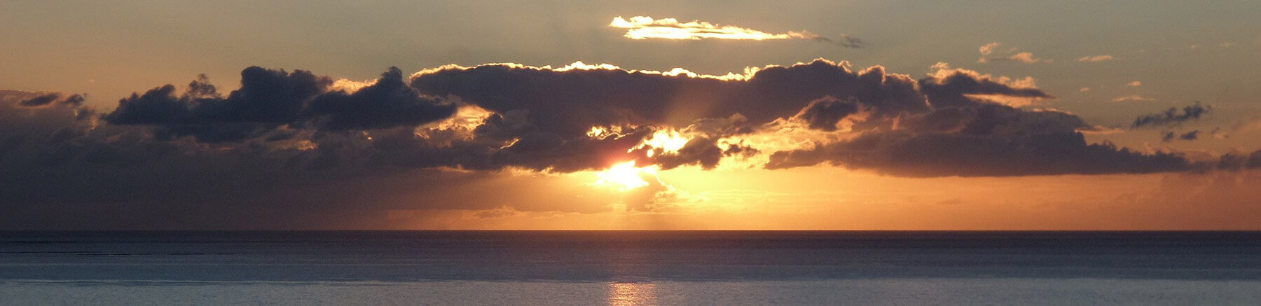 Cloudy sunset over the ocean in Gran Canaria