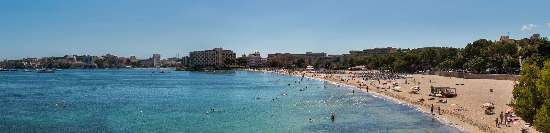 Popular beach in Palma de Mallorca