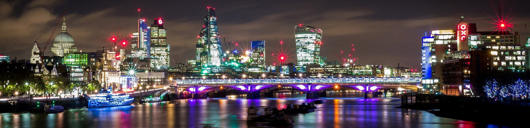 Night view of London over the Thames river